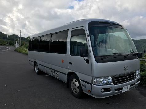 北海道租用的中型巴士